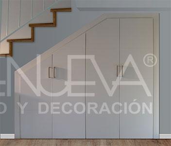 Frentes de armario bajo escaleras en sevilla armarios for Armarios empotrados en huecos de escaleras