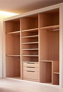 Puertas uniarte en sevilla puertas de armarios en sevilla puertas de interior en sevilla - Decoracion de armarios empotrados ...